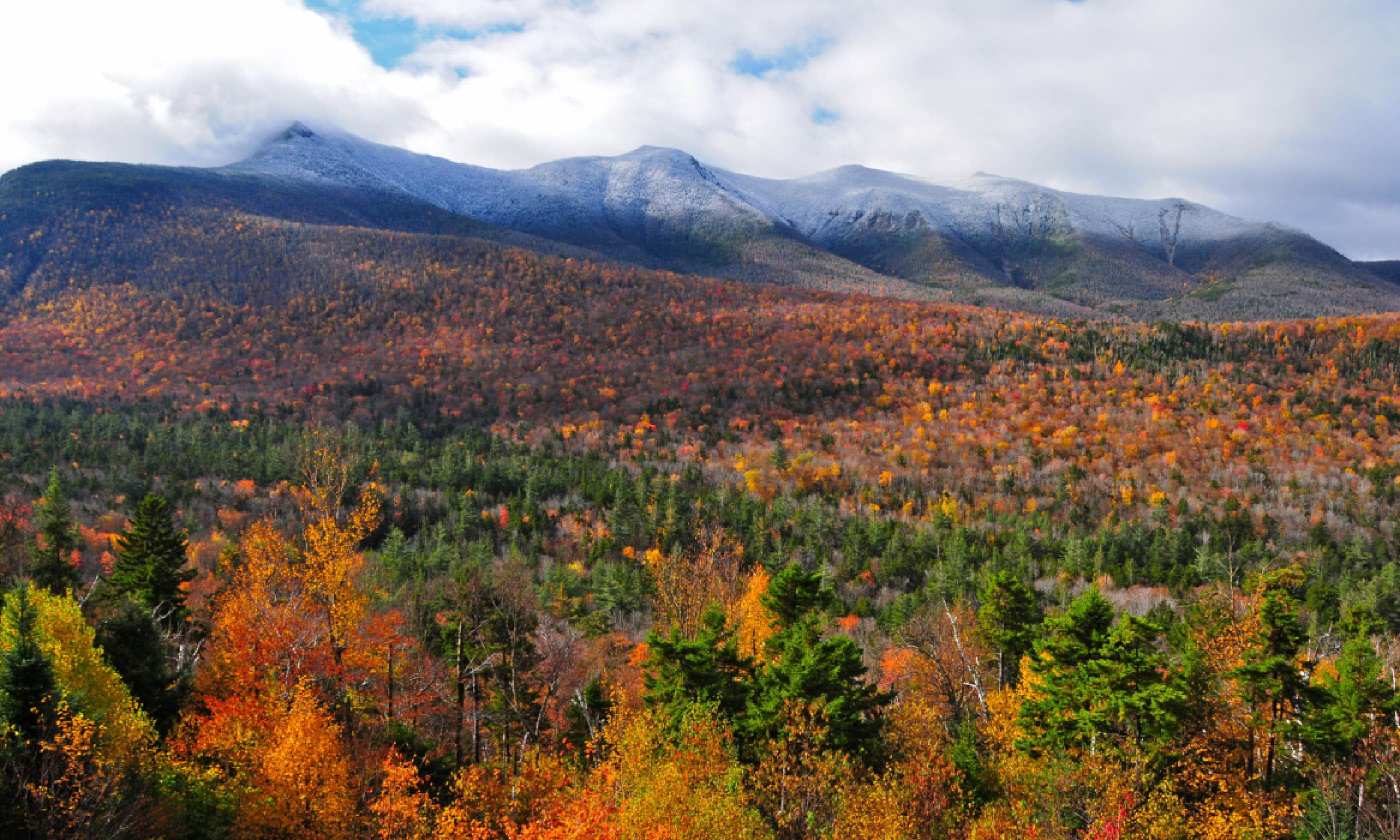 New Hampshire in the fall (Shutterstock)