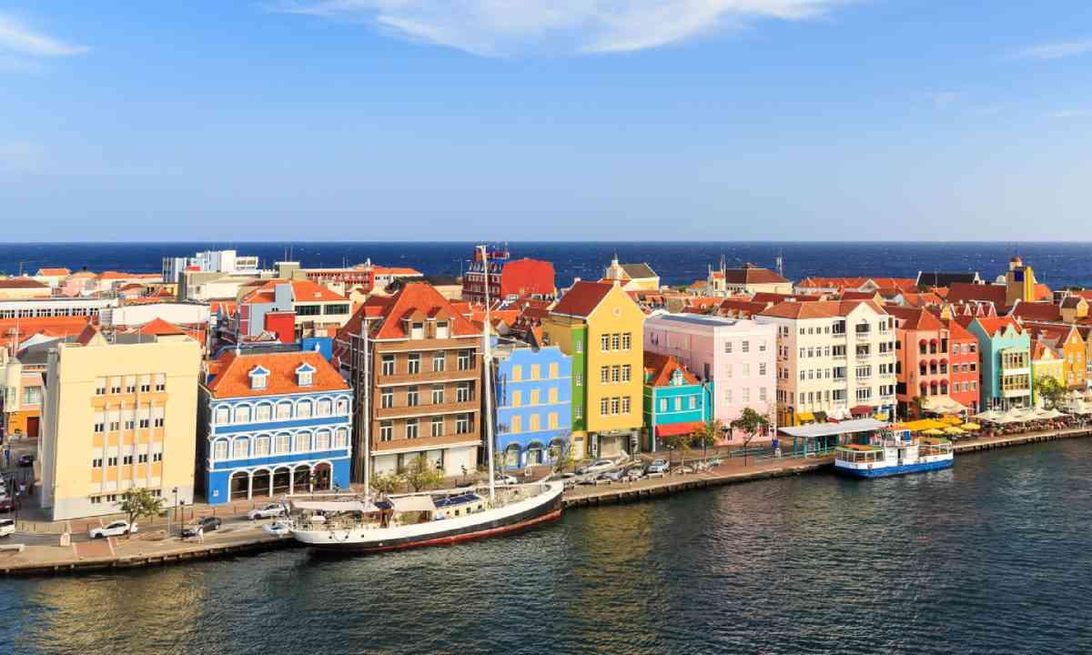 Willemstad, Curacao (Shutterstock)