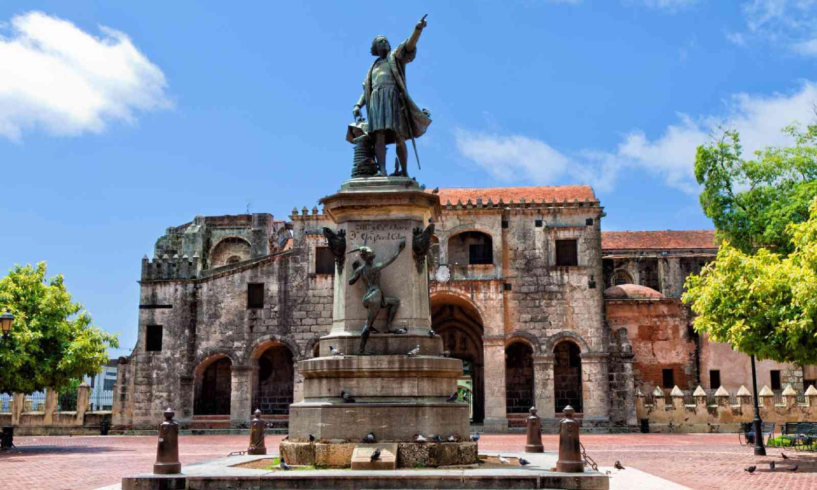 Parque Colon, Santo Domingo (Shutterstock)