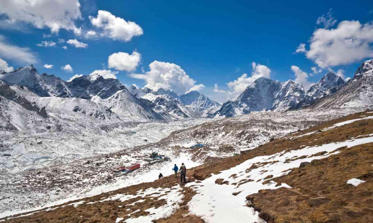 Khumbu glacier, view from Kala Pattar (Shutterstock)