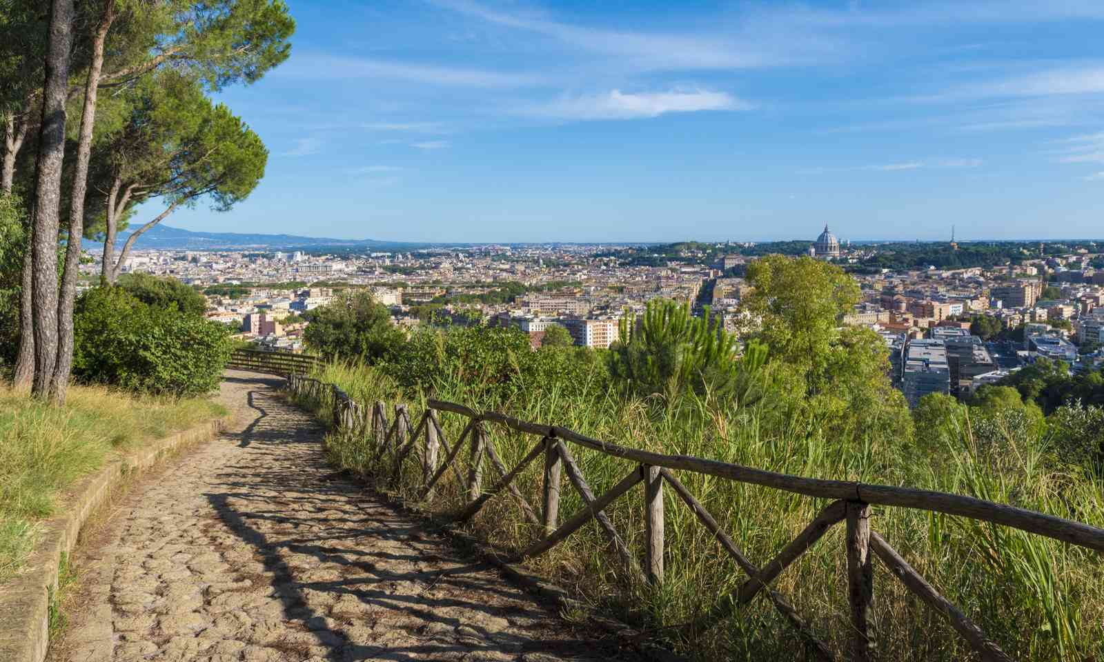 View of Rome from the hills (Dreamstime)