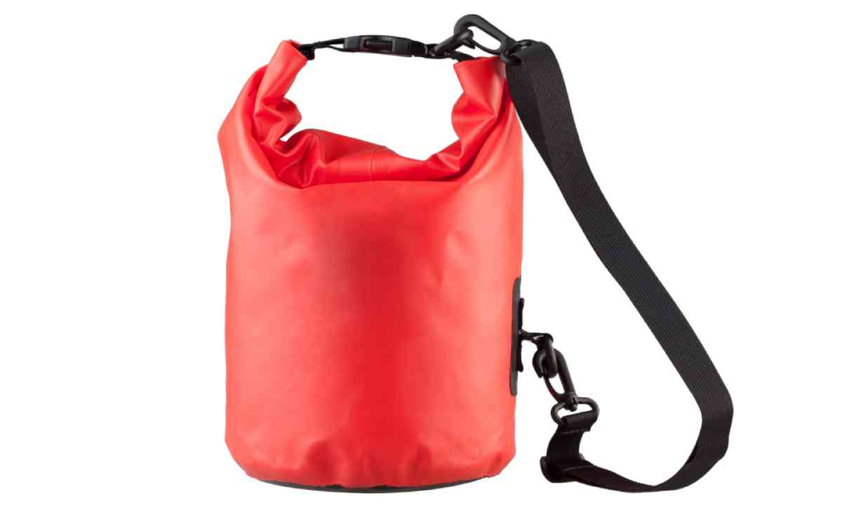 Waterproof bag (Shutterstock)