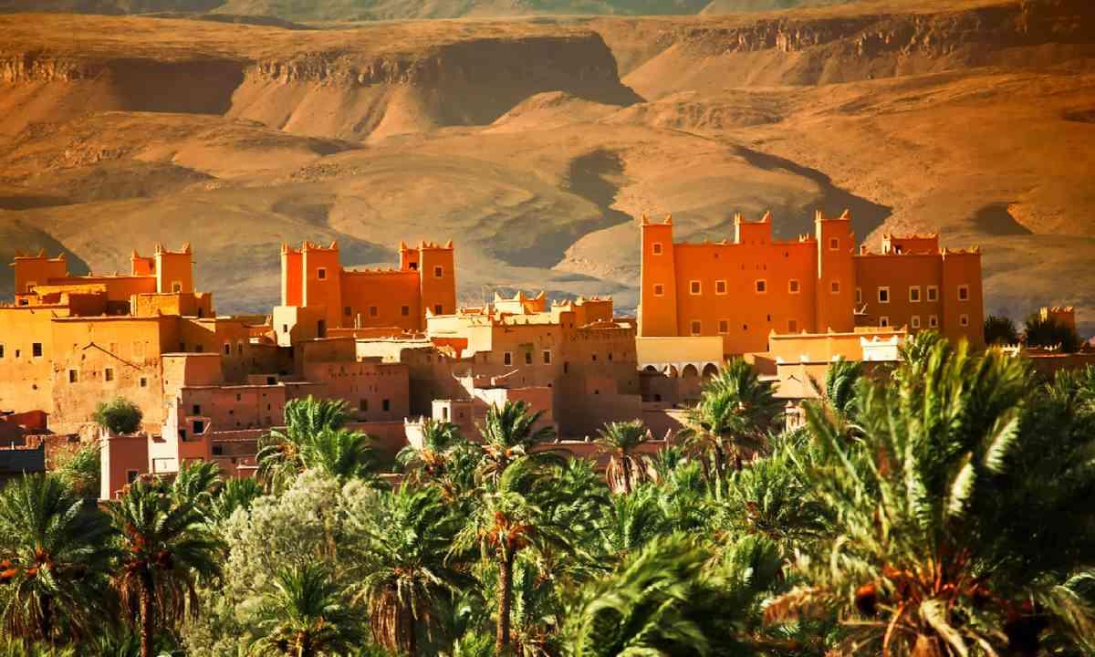 Moroccan kasbah in Atlas Mountains, Morocco (Shutterstock)