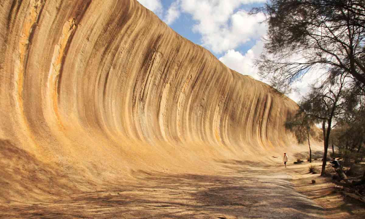 Wave rock (Shutterstock)