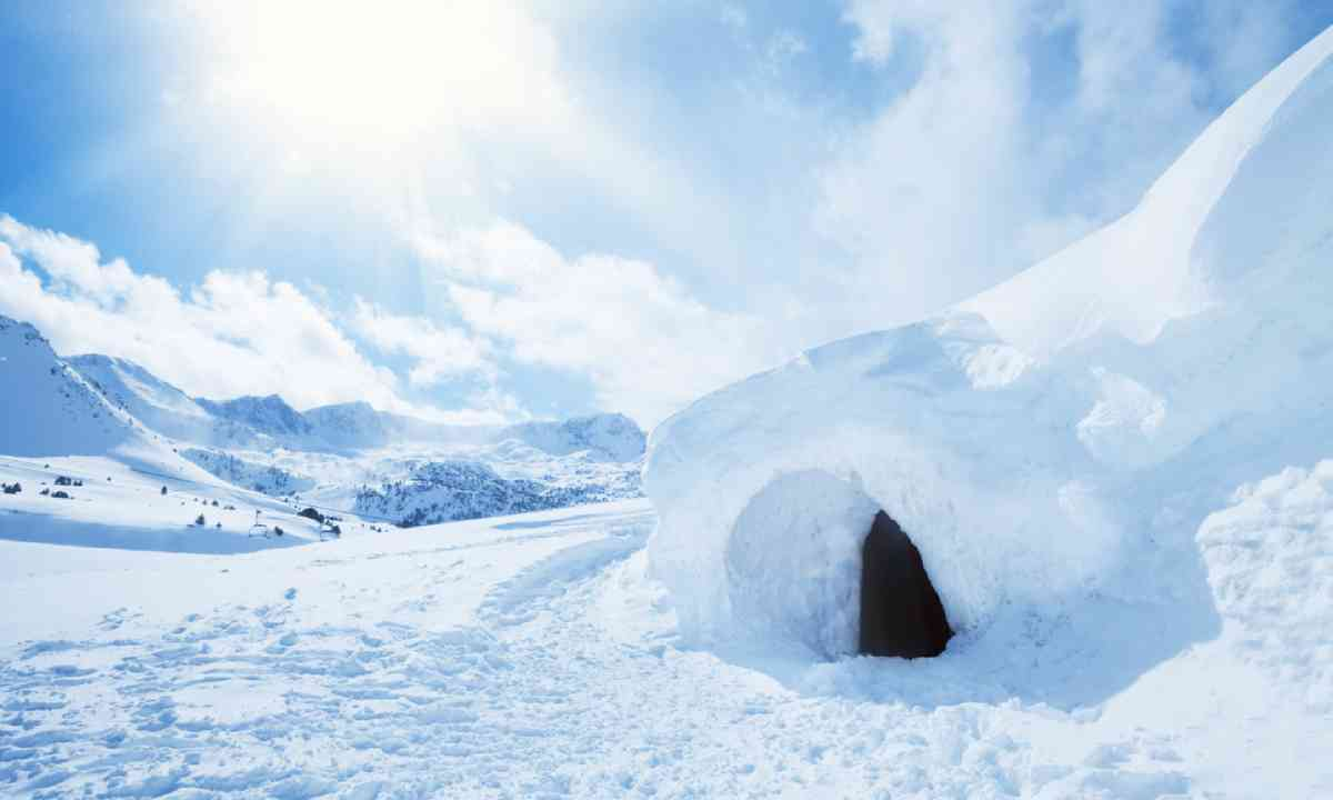 Igloo and snow shelter, Andorra (Shutterstock)