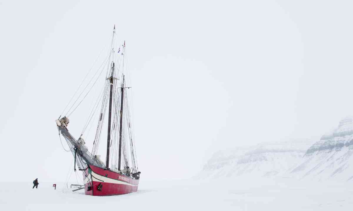 Ship in the Ice (Visit Norway)