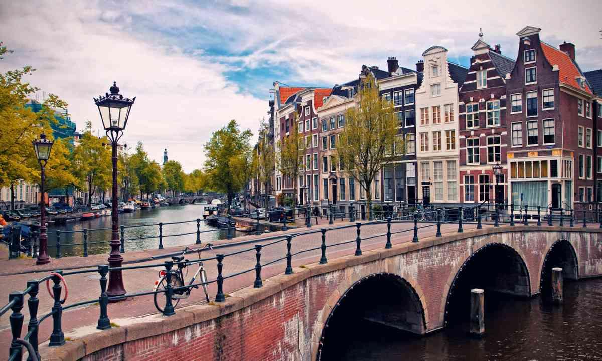 Amsterdam canals (Shutterstock)