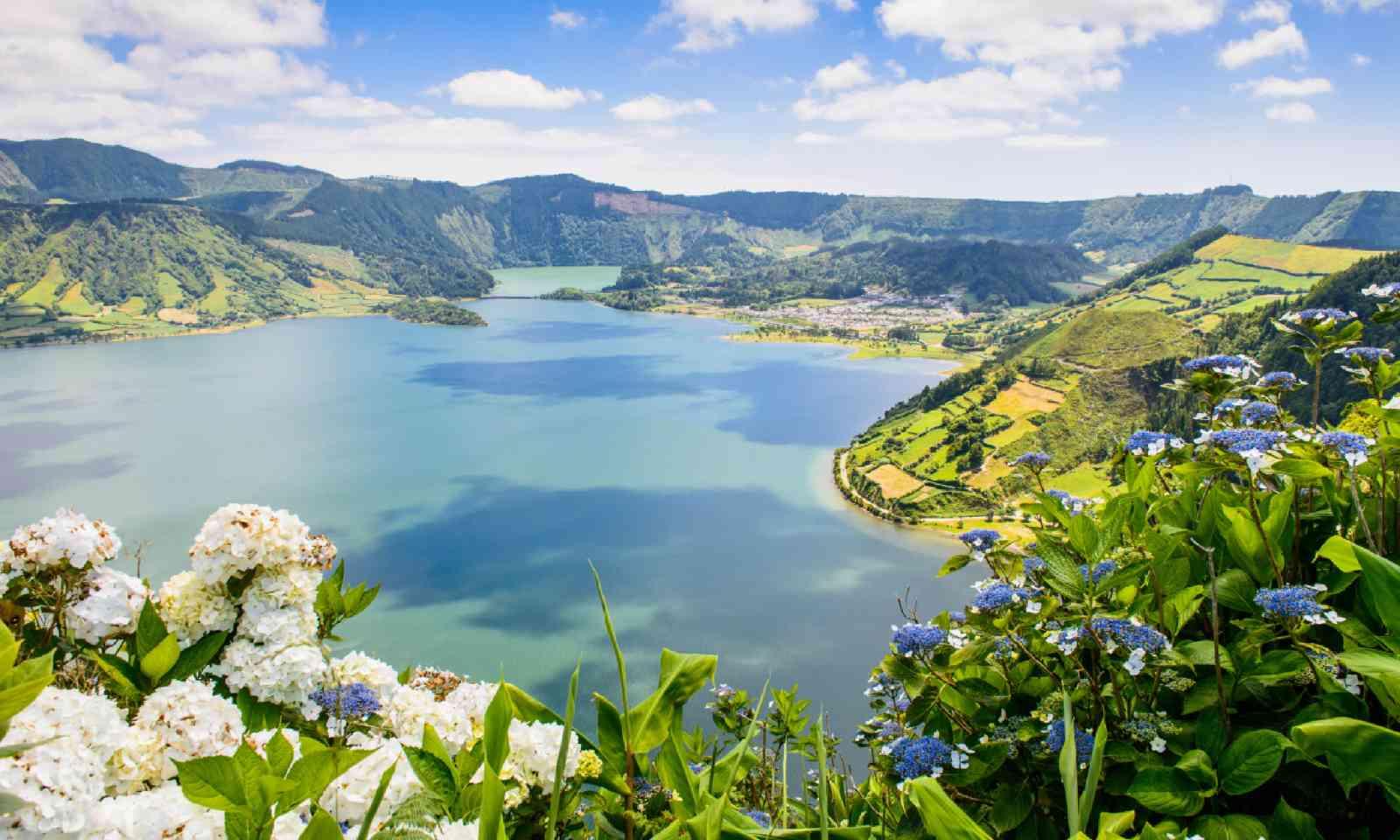 Lake of Sete Cidades (Shutterstock)