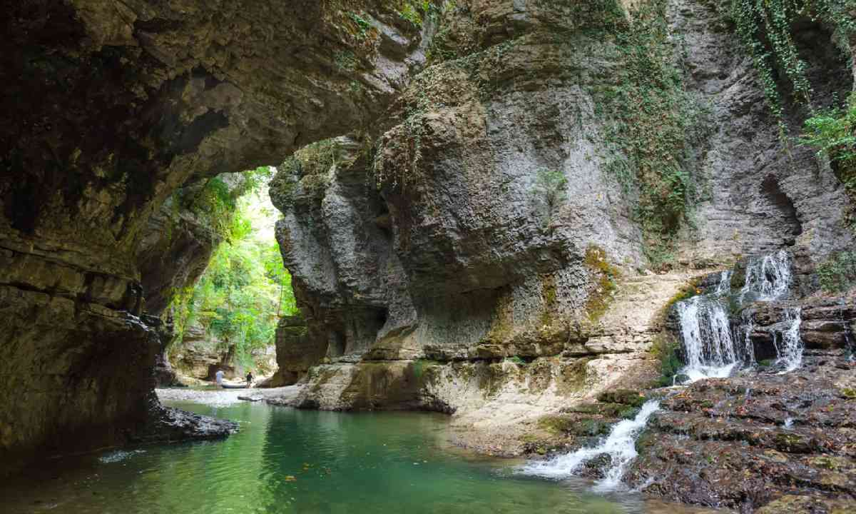 Martvili Canyon in Georgia (Shutterstock)